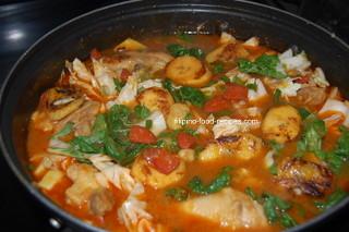 Chicken pochero filipino recipe 12 cup cooking oil for frying the banana and sauteing forumfinder Gallery